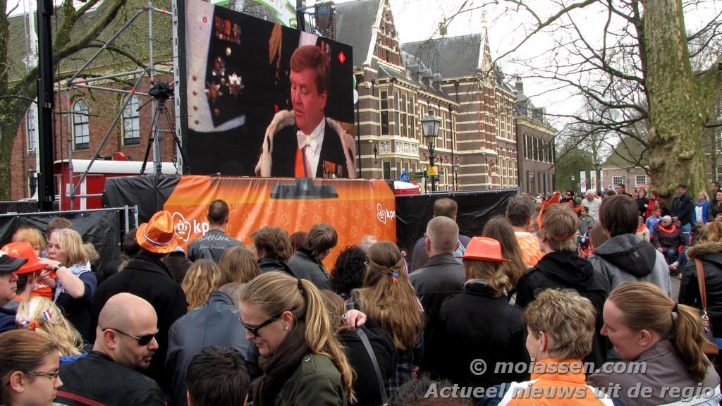 Assen kleurt Oranje tijdens de voorlopig laatste Koninginnedag (UPDATE FOTO'S)