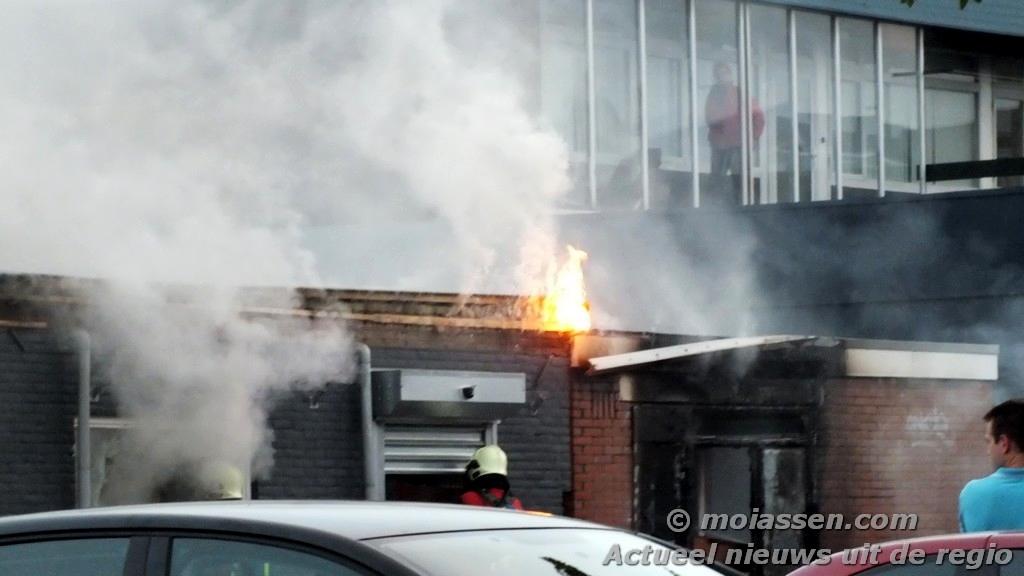 Grote schade bij Tweewielcentrum Jan Boer door brand