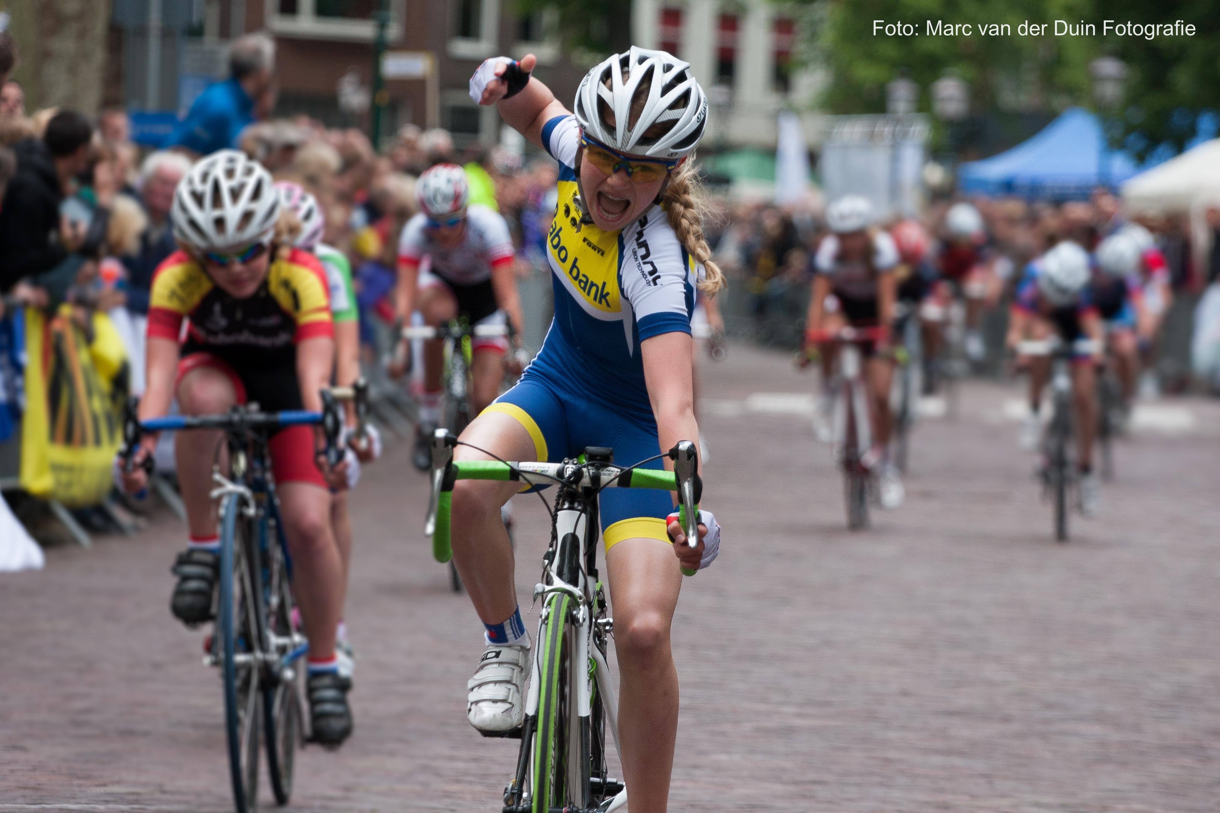 Maike van der Duin Nederlands kampioen wielrennen