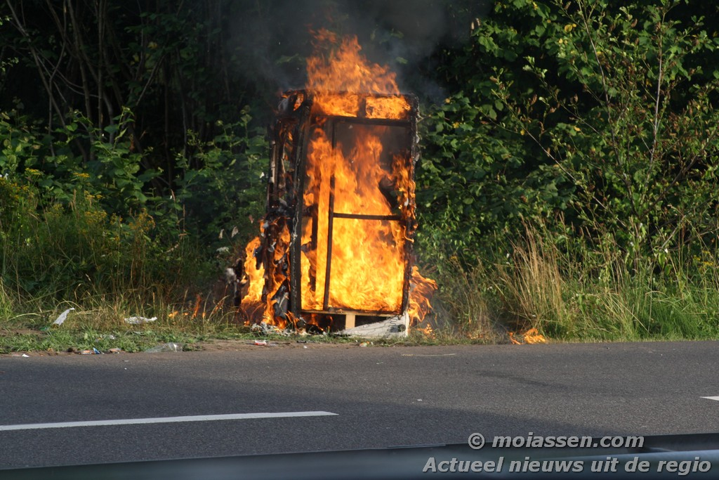 Kleine buitenbrand na afloop Truckstar Festival 2013