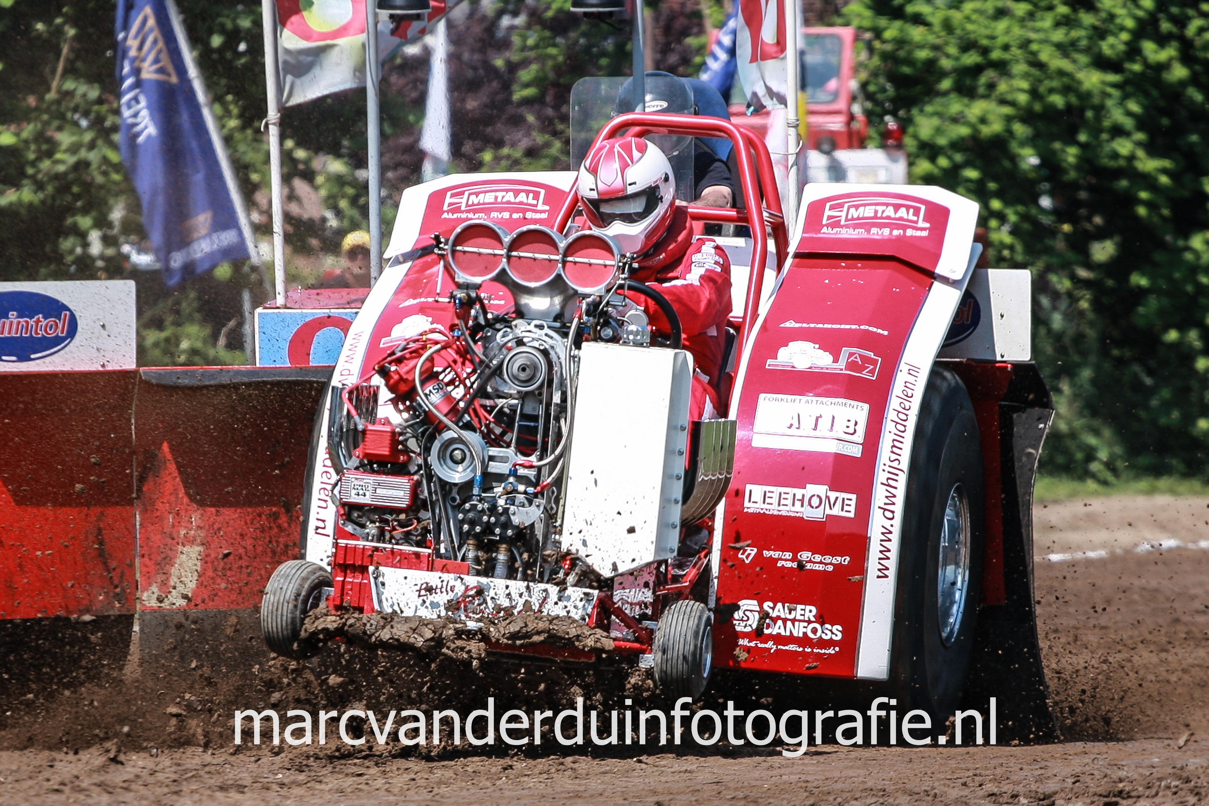 31e Tractor Pulling Eext