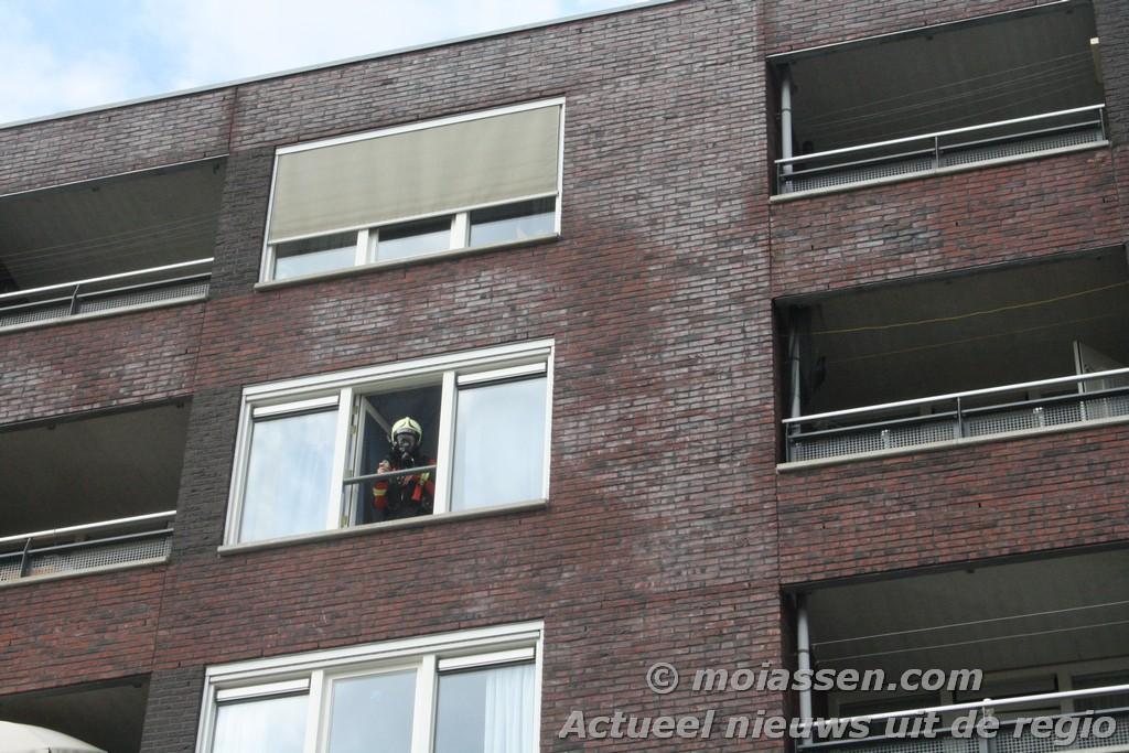 Flatbrand 5de verdieping Cort van der Lindestraat blijkt droog gekookte pan