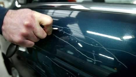 Weer raak in Pittelo: 4 bekraste auto's aan de Moezelstraat