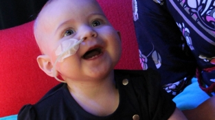Baby Emke uit Assen overleden