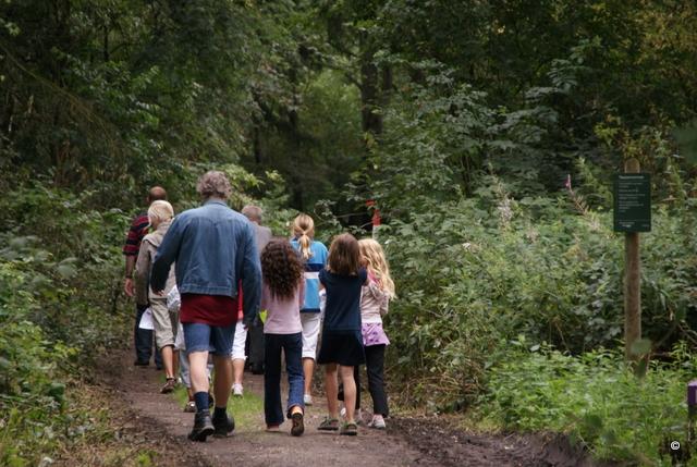 """Natuurspelweek van de Kroezehof in teken van """"Terug in de tijd"""""""