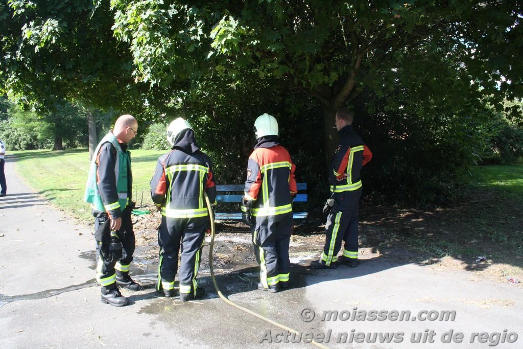 Wederom buitenbrandje langs vijver Molenstraat