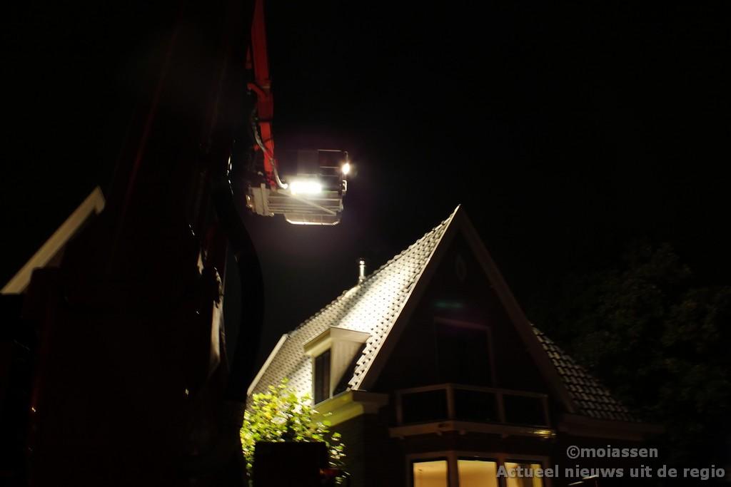 Schoorsteenbrand snel onder controle in Assen
