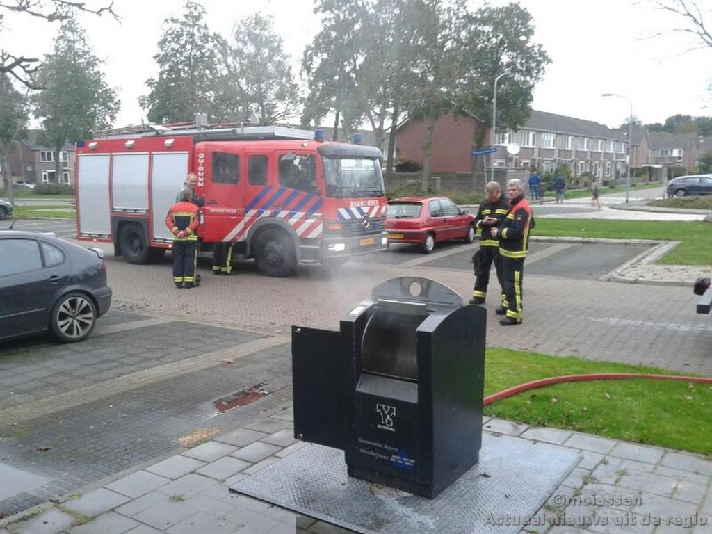 Containerbrandje aan de Oldengaardestraat in Assen