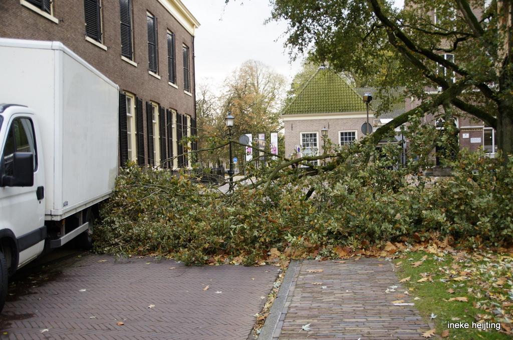 Het KNMI heeft erg hevige  storm  afgegeven