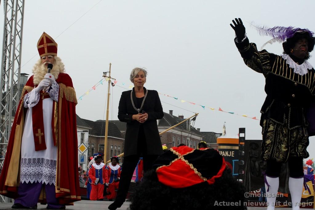 Assen verwelkomt Sinterklaas en Pieten