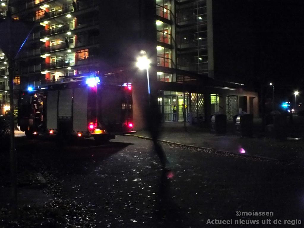 Flatbrand blijkt brandende bloemenbak in Assen