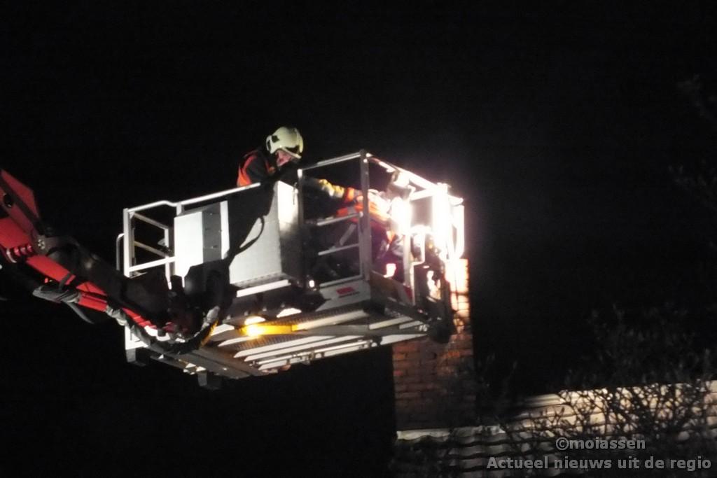 Schoorsteenbrand aan de Marconistraat in Assen