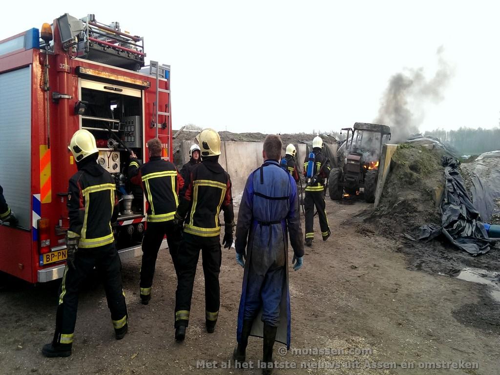 Trekker volledig verwoest na brand in Taarlo