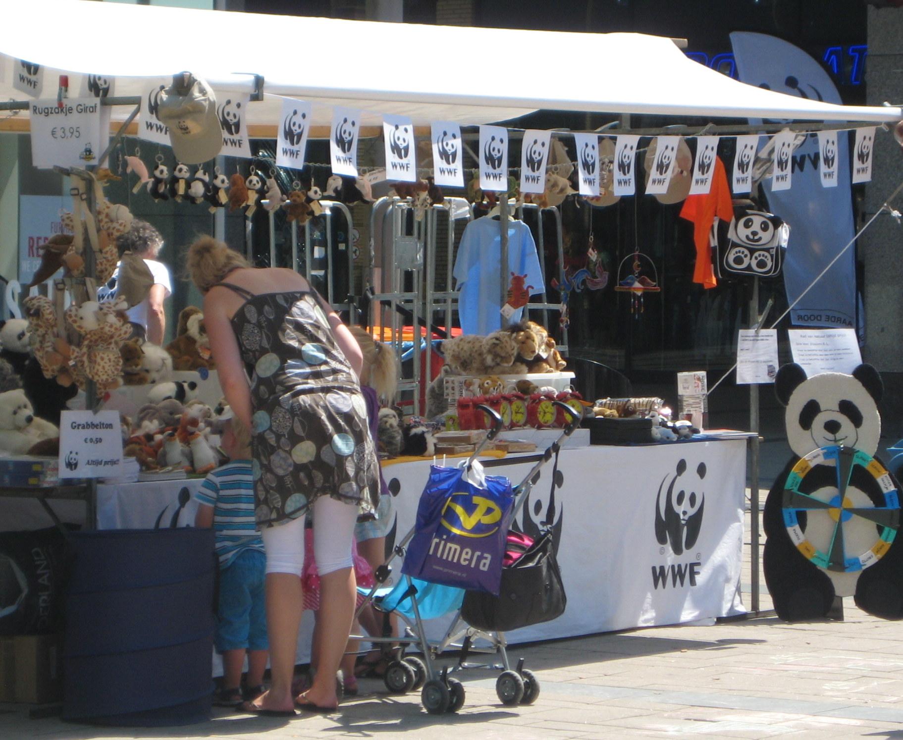 Kom zaterdag 3 mei ook naar de markt aan de Vaart NZ in Assen en bezoek de WNF-kraam!