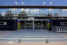 Vliegtuig brand op vliegveld Eelde