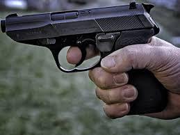 Assenaar aangehouden voor bedreiging met vuurwapen