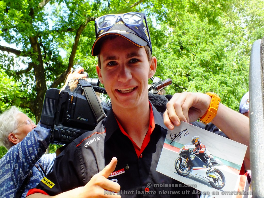 De TT Speedweek in Assen op  gang gekomen (video)