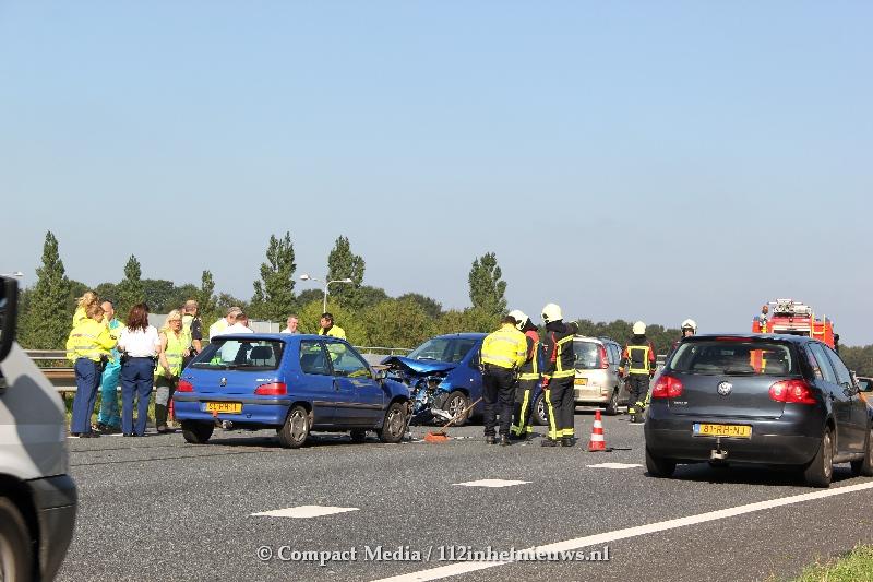 Meerdere voertuigen betrokken bij verkeersongeval A28 Assen