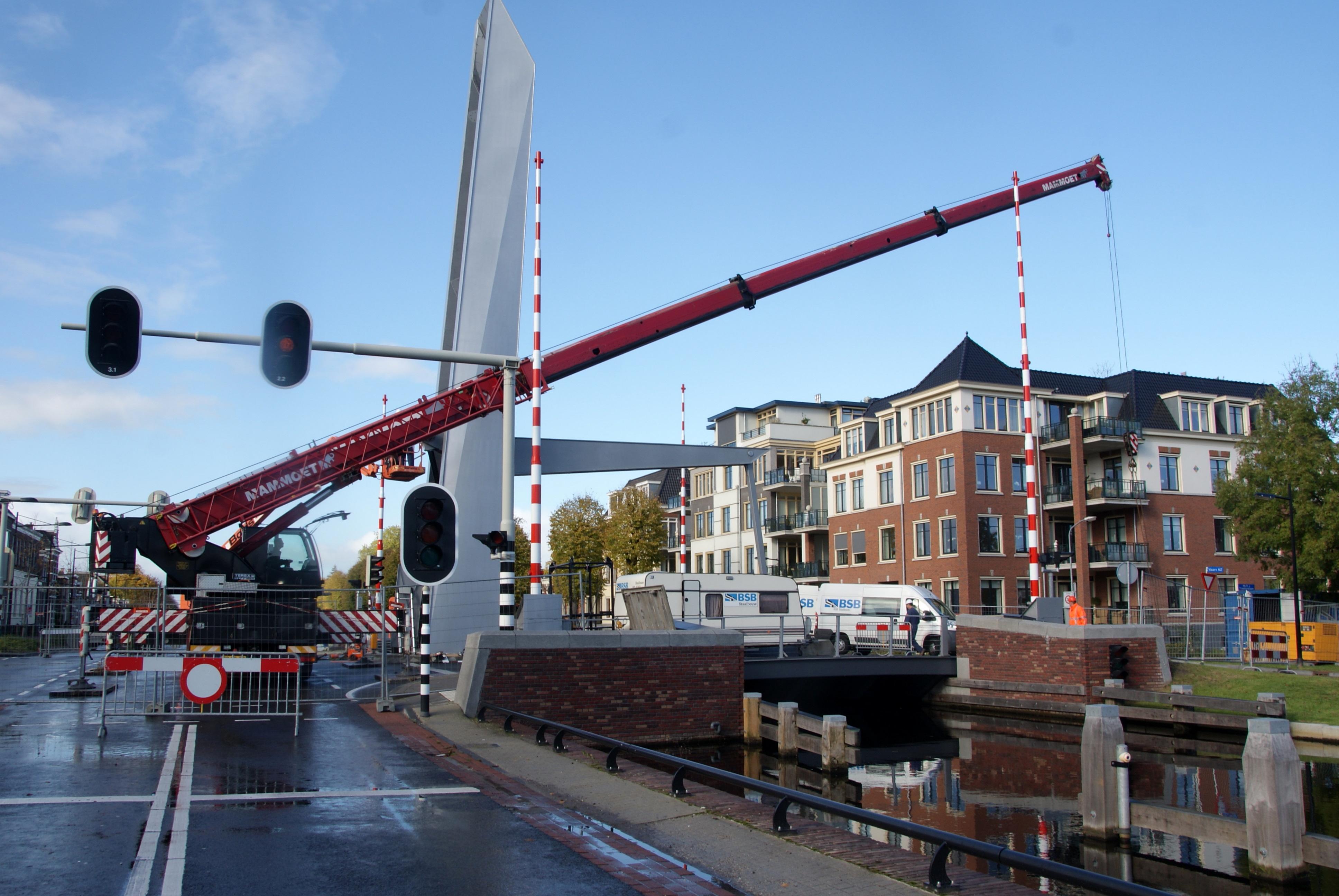 De gemeente Assen weigert maatregelen te nemen vanwege haperende bruggen