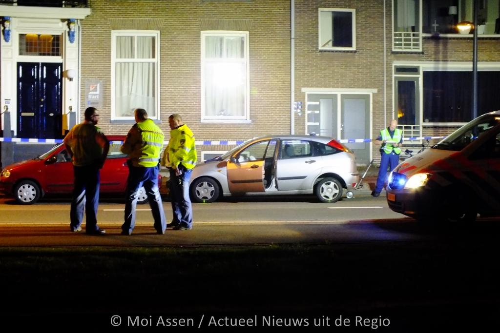 Twee donkere mannen aangehouden in centrum van Assen na beroving in Groningen. (Update Foto's)