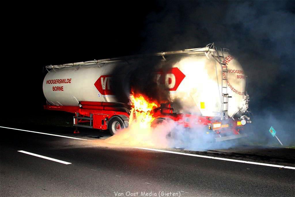 Warm gelopen wiellager veroorzaakt brand op N33
