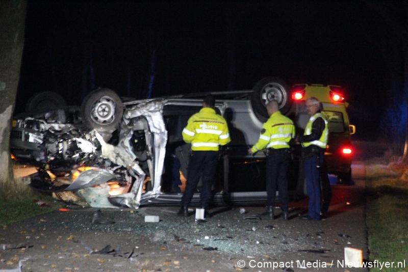 Video:Ravage na eenzijdig verkeersongeval Hooghalen