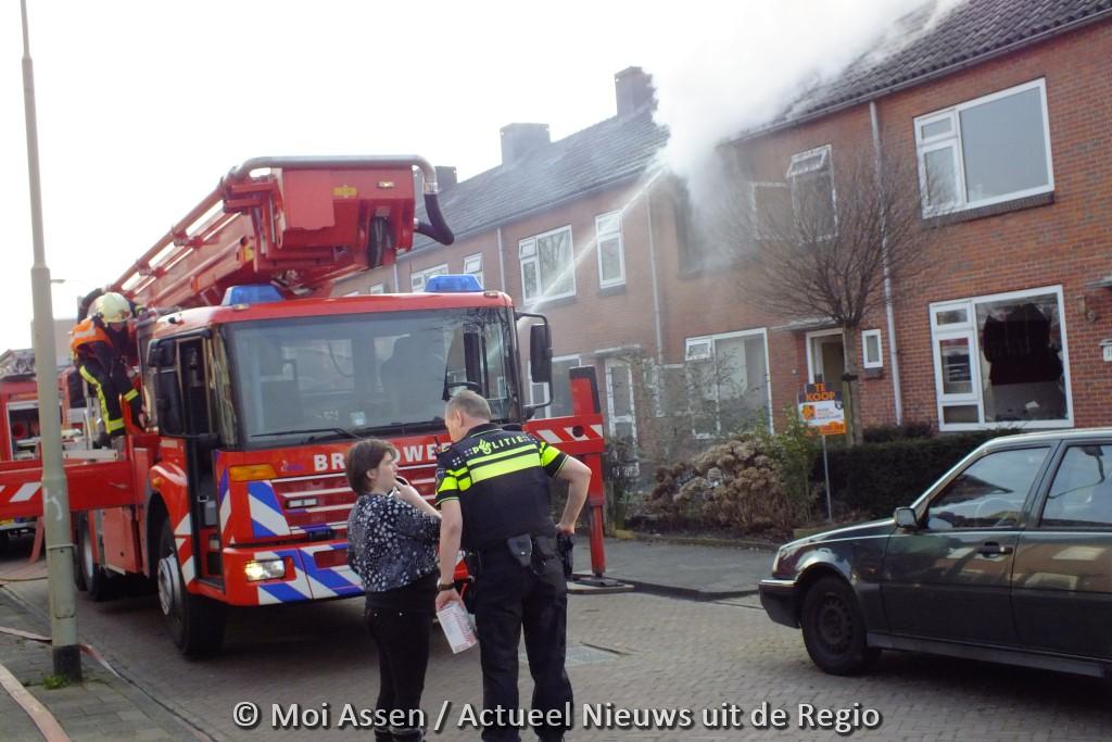 Uitslaande woningbrand aan de Picardtstraat in Assen