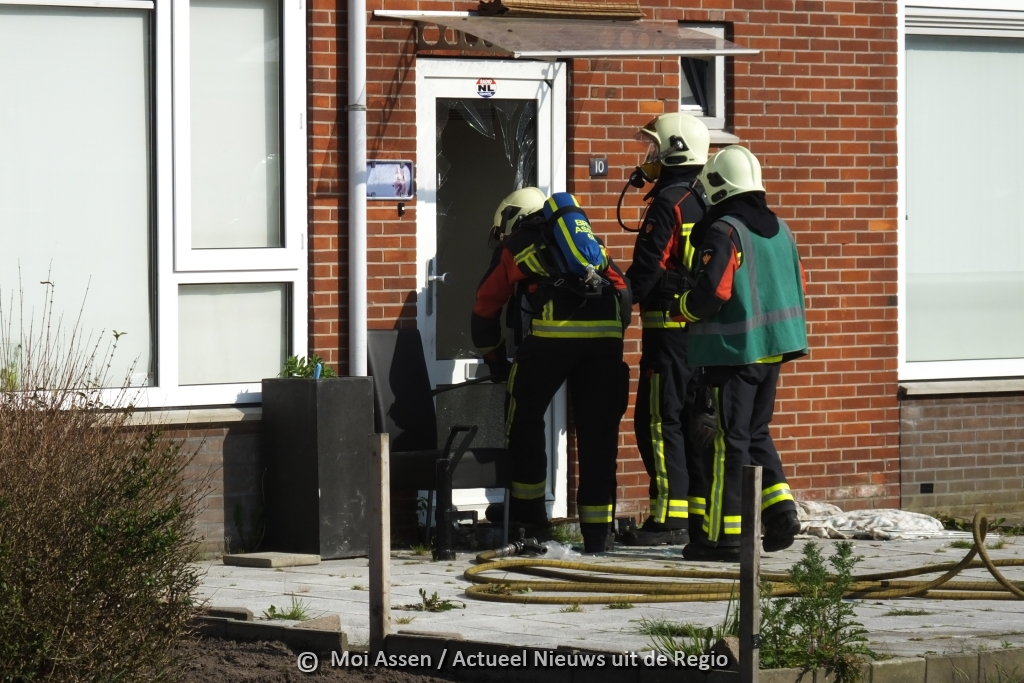 Video: Woningbrand aan de Picardtstraat in Assen