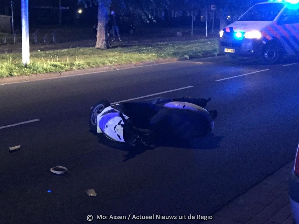 scooterrijder raakt gewond naar ongeval op de Nobellaan in Assen