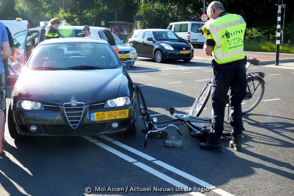 (Update): Ongeval tussen auto en fietsster in Assen