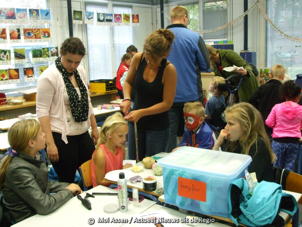 Fancy fair op de Vredeveldschool in Assen Oost