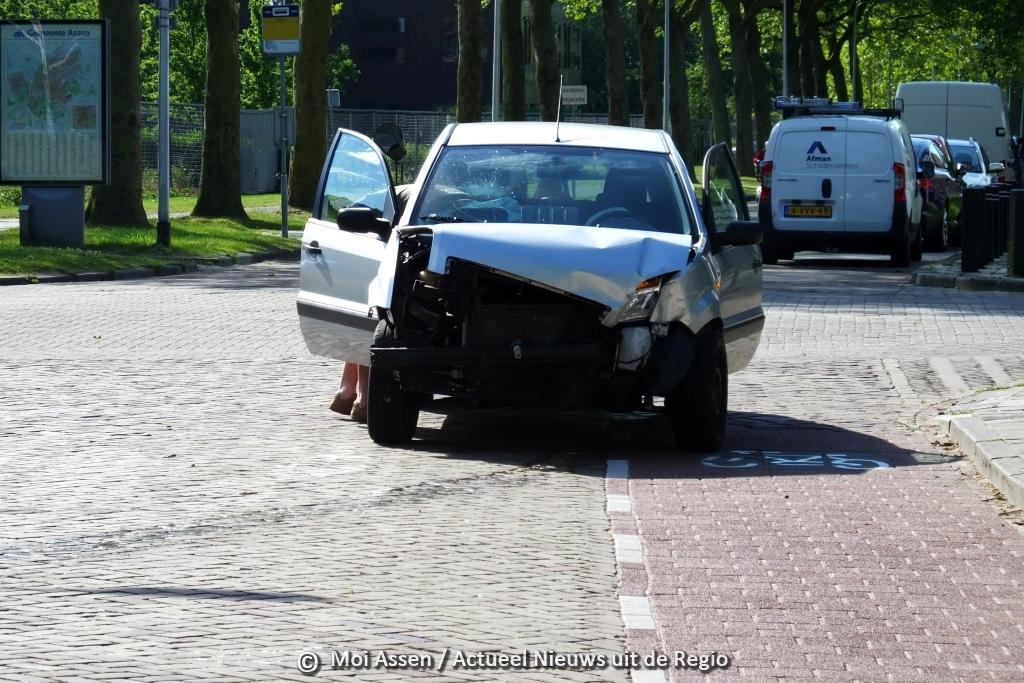 Voorrangsfout lijdt tot verkeersongeval op Vredeveldseweg in de wijk Assen – Oost