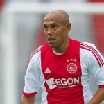 Voetbalclinics in Assen door oud-international  Simon Tahamata