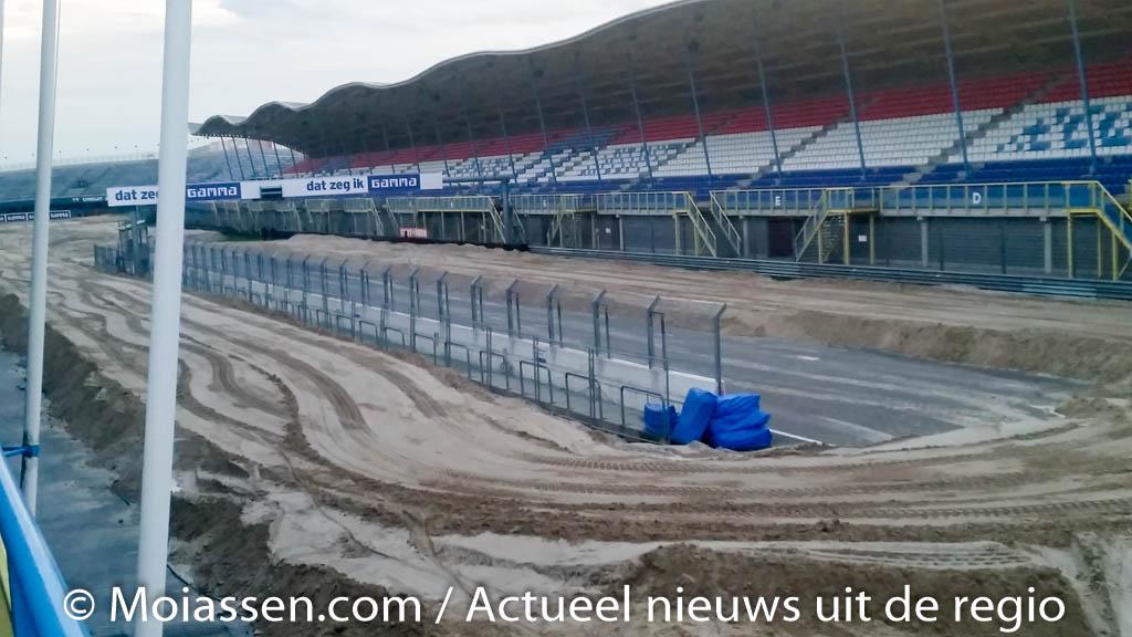 In een week tijd bouw je een motorcross-circuit voor een Grand Prix!