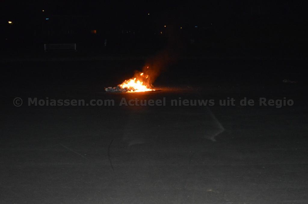 112 kort:containerbrand aan de Hannie Schaftweg in Assen
