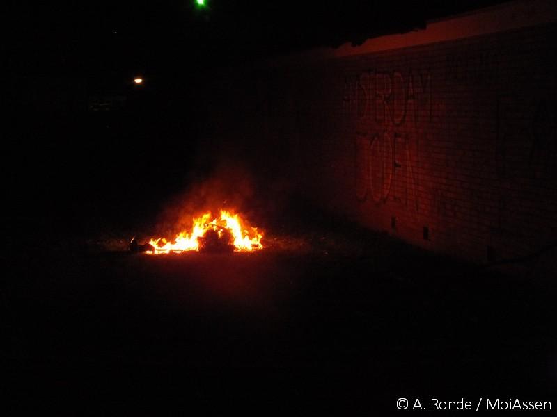 Brandweer rukt uit voor afvalbrand