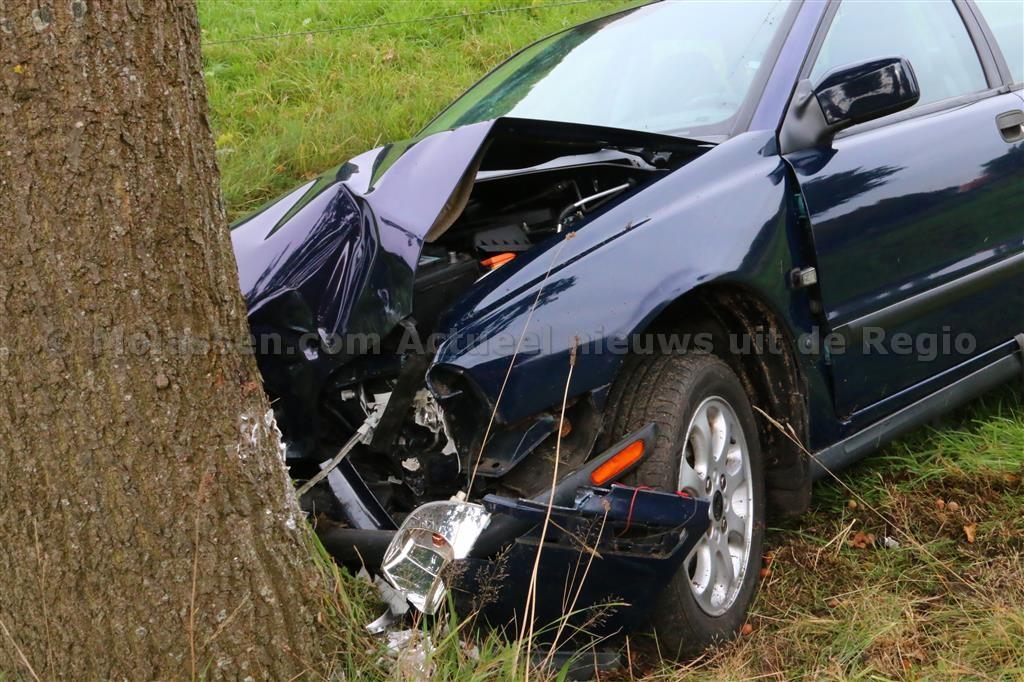 Twee gewonden bij ongeval in Anloo