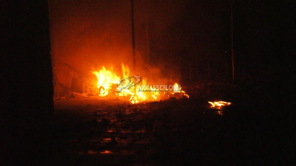 Video:Buitenbrand in Fietsenhok snel geblust