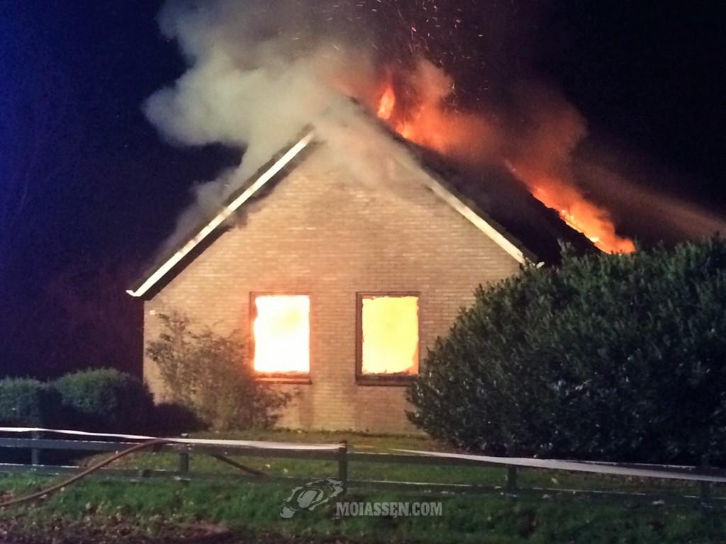 Woning door brand geheel verwoest in Schoonoord