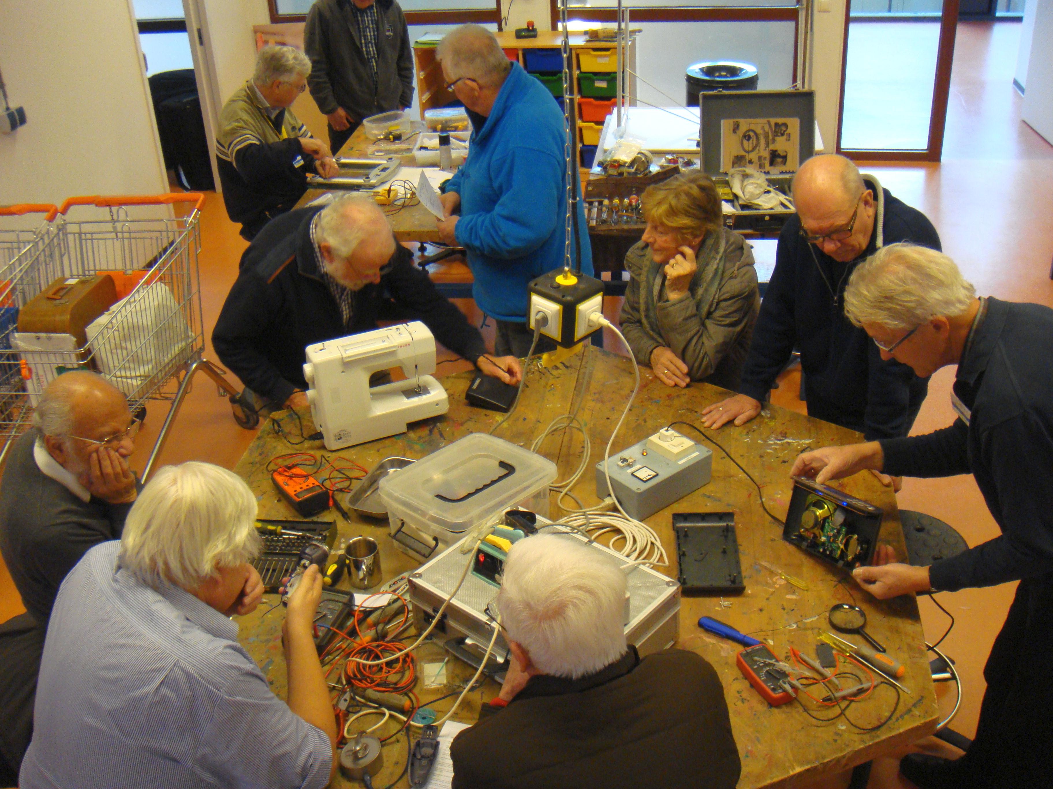 Repair Café Assen helpt bij goede voornemens