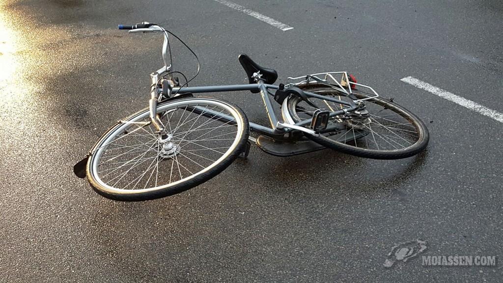 Wederom fietser gewond na aanrijding met auto op Nobellaan