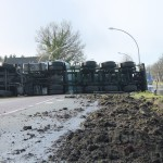 Tankwagen met gier kantelt in Bovensmilde (update Foto's &Video )