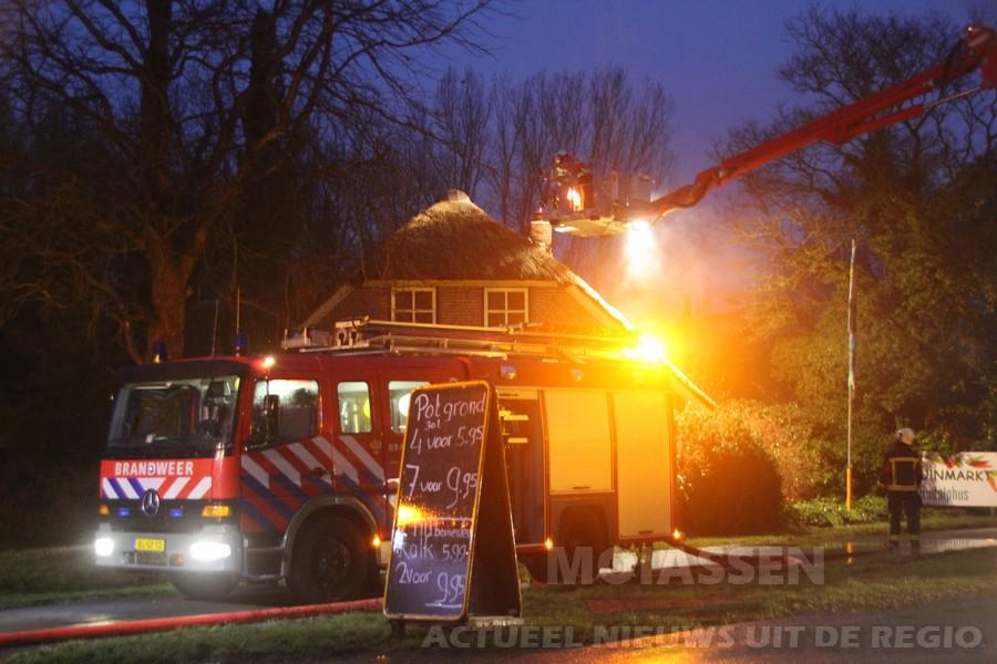 Schoorsteenbrand aan de Graswijk in Assen (video)