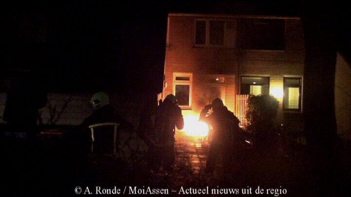Buitenbrand bij woning Boekweitveld in Assen