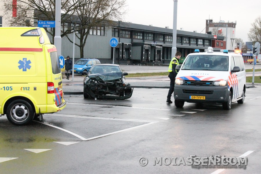 Ongeval op kruising Industrieweg in Assen