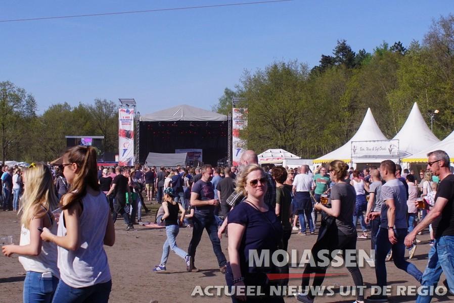 Bevrijdingsfestival 2016 aan de Baggelhuizerplas in Assen
