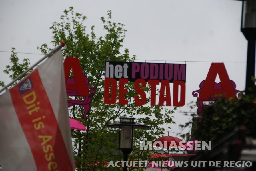 Felle kleuren in centrum van Assen: Axis staat voor de deur