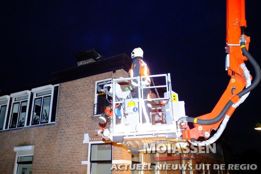 Brandweer gealarmeerd voor schoorsteenbrand aan Vaart ZZ in Assen