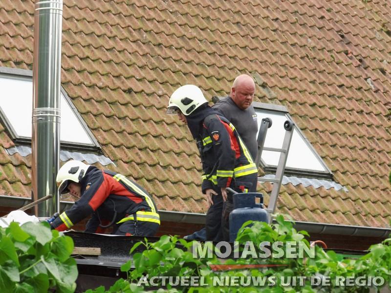 Brandweer gealarmeerd voor nacontrole (dak) in Assen