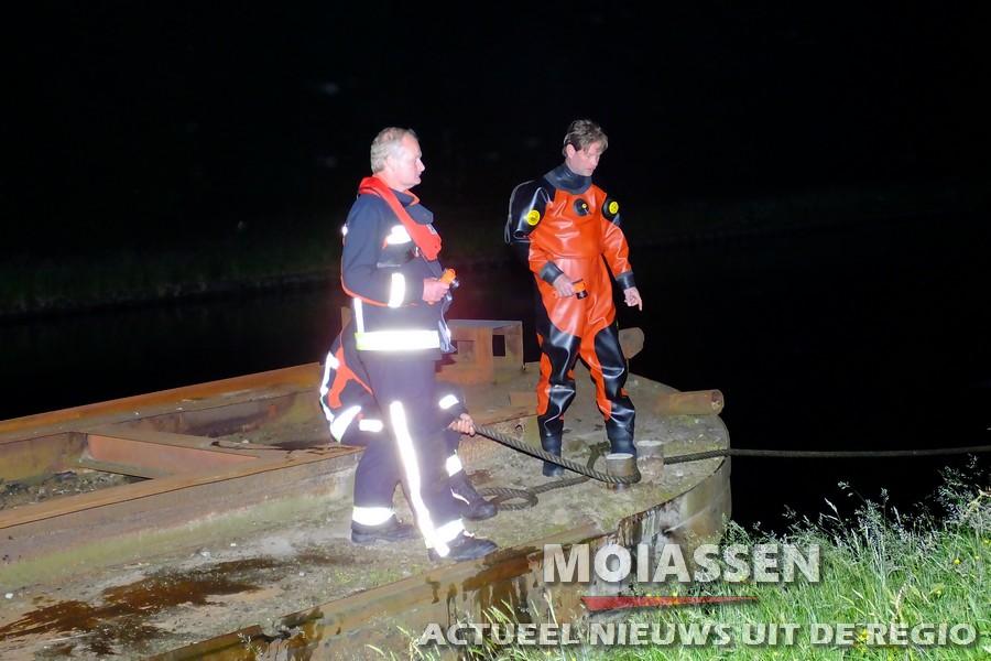 Pontons mogelijk losgemaakt, blokkeert Noord-Willemskanaal Assen